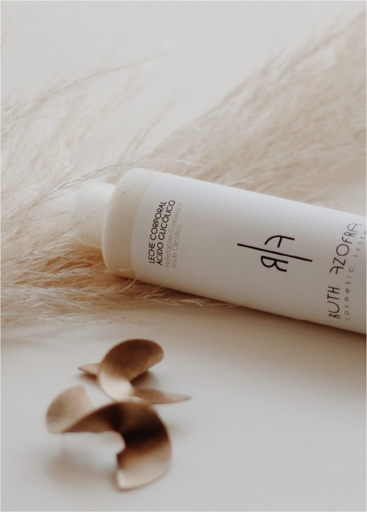 Crema corporal con ácido glicólico Ruth Azofra
